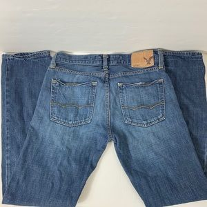 American Eagle and blue jeans slim straight 28x32